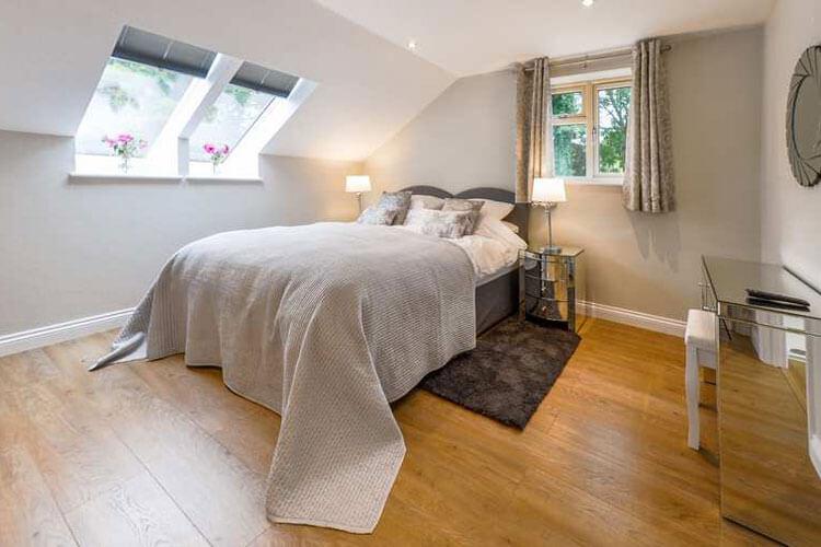 Elmbridge Holiday Cottages - Image 1 - UK Tourism Online