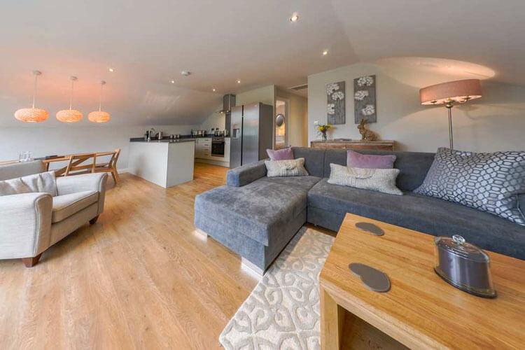 Elmbridge Holiday Cottages - Image 2 - UK Tourism Online