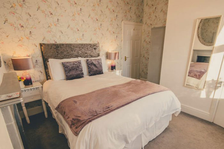Sidney House - Image 1 - UK Tourism Online