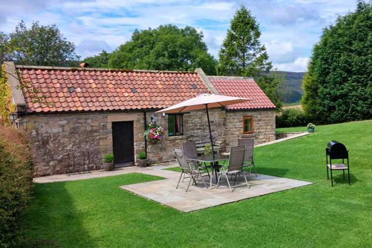 Ann's Cottage & The Old Smithy - Image 2 - UK Tourism Online