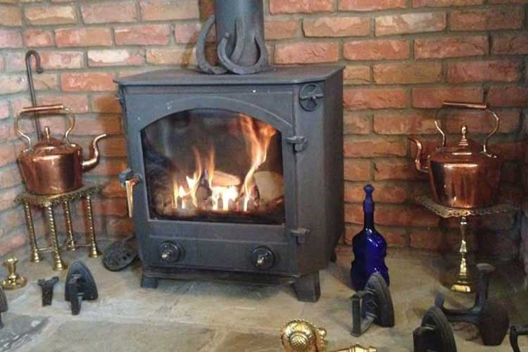 Ann's Cottage & The Old Smithy - Image 5 - UK Tourism Online