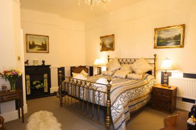 Arandale Guest House - Image 1 - UK Tourism Online