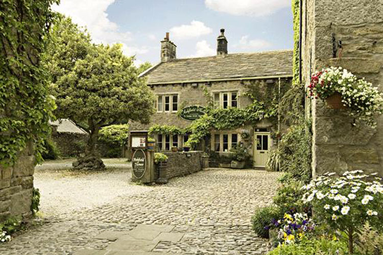 Ashfield House - Image 1 - UK Tourism Online