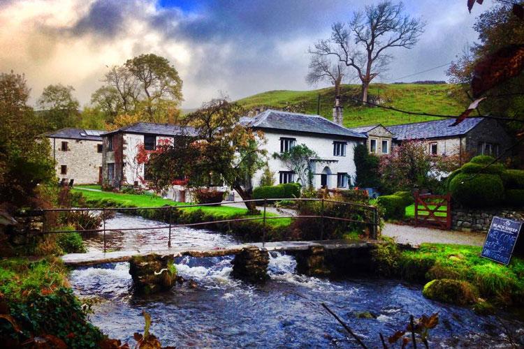 Beck Hall - Image 1 - UK Tourism Online