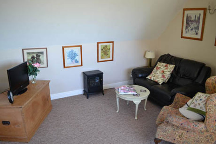 Boonhill Apartment - Image 2 - UK Tourism Online