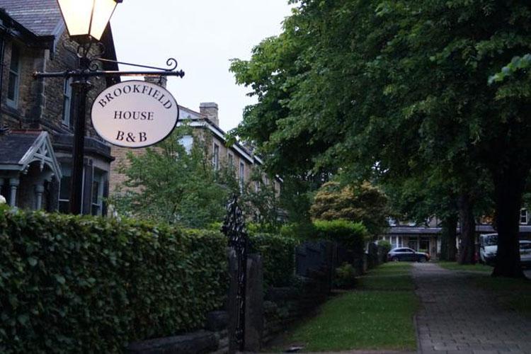 Brookfield House Hotel - Image 1 - UK Tourism Online