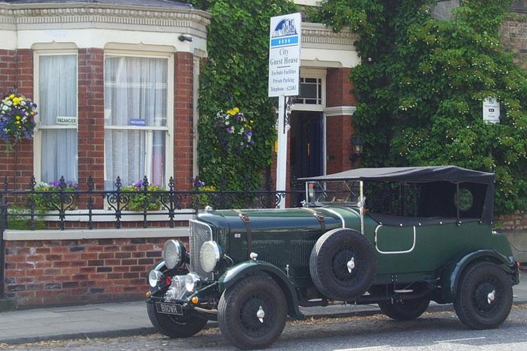 City Guest House - Image 1 - UK Tourism Online