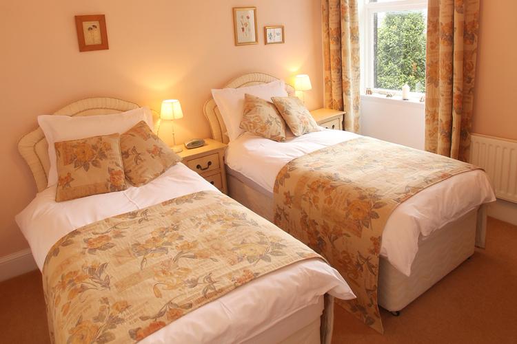 Cononley Hall - Image 2 - UK Tourism Online