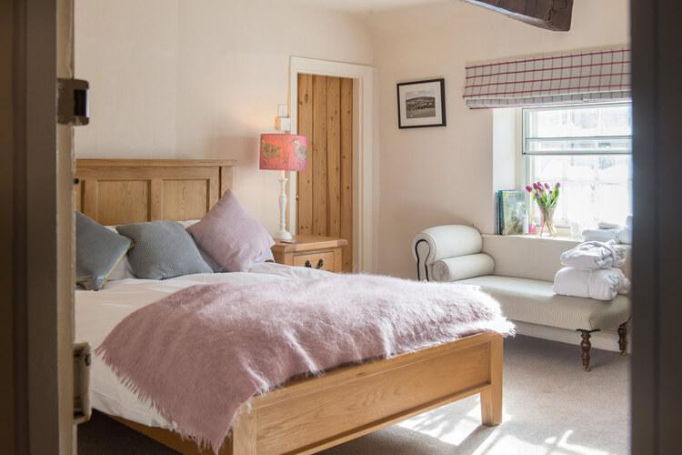 Coxwold Tea Rooms Bed & Breakfast - Image 1 - UK Tourism Online