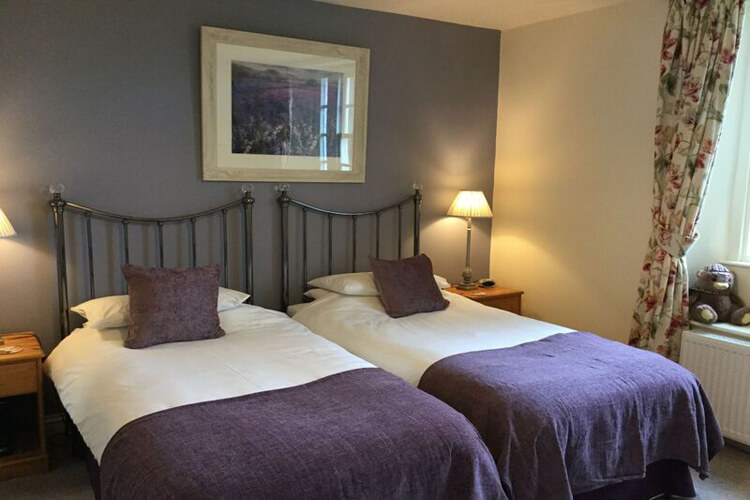 Crown Cottage Farm Bed and Breakfast - Image 3 - UK Tourism Online