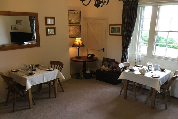 Crown Cottage Farm Bed and Breakfast - Image 5 - UK Tourism Online