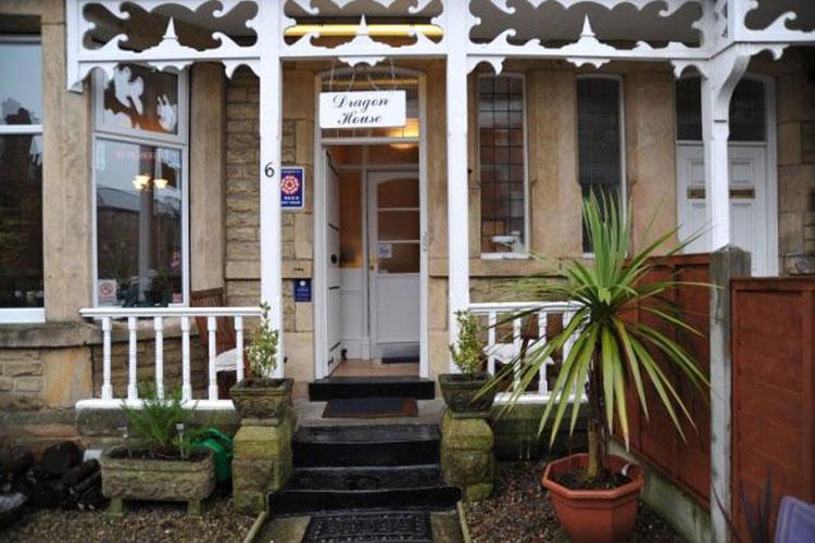 Dragon House Guest House - Image 1 - UK Tourism Online