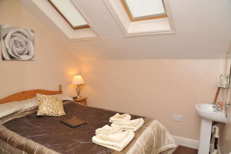 Dragon House Guest House - Image 3 - UK Tourism Online