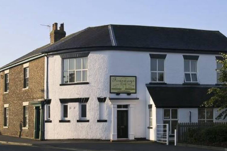 Fourways Guest House - Image 1 - UK Tourism Online