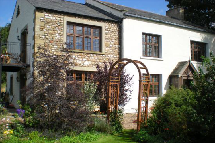 Gale Green Cottage - Image 1 - UK Tourism Online