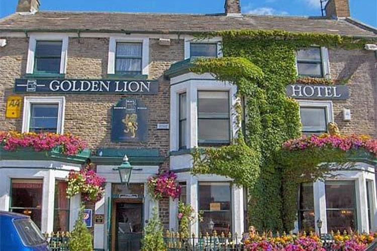 Golden Lion Hotel - Image 1 - UK Tourism Online