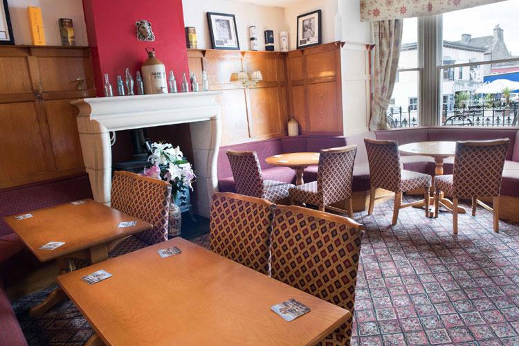 Golden Lion Hotel - Image 3 - UK Tourism Online