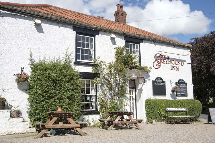Greyhound Inn - Image 1 - UK Tourism Online