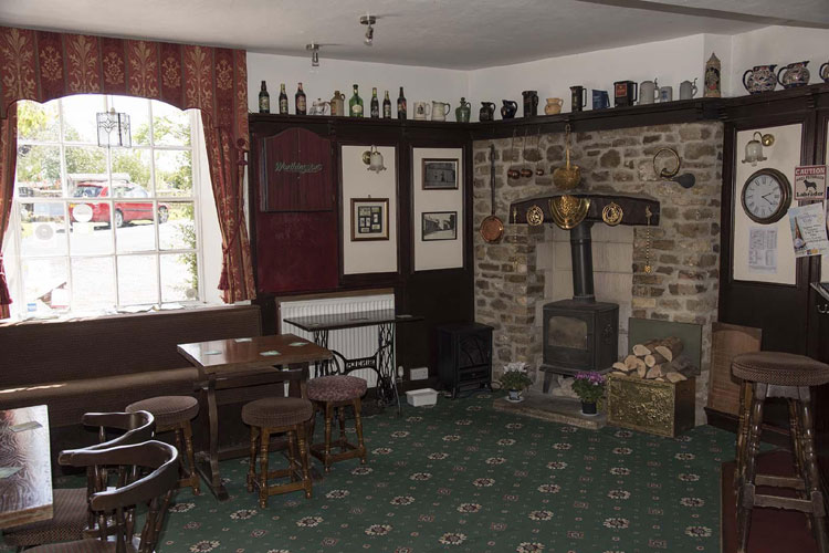 Greyhound Inn - Image 4 - UK Tourism Online