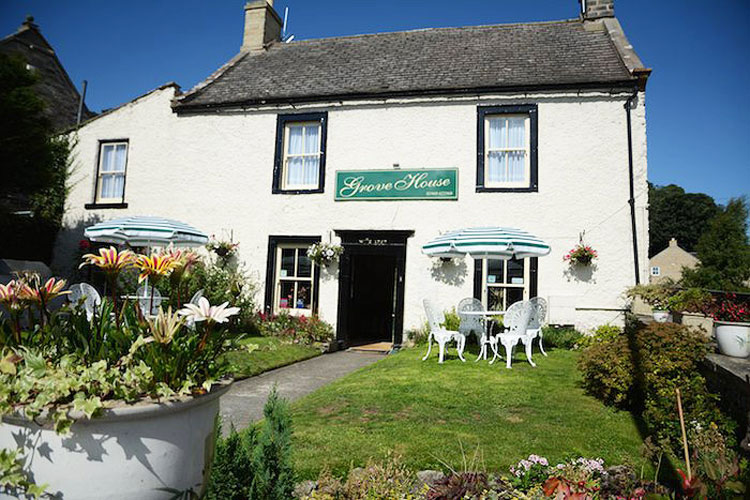 Grove House Bed and Breakfast - Image 1 - UK Tourism Online