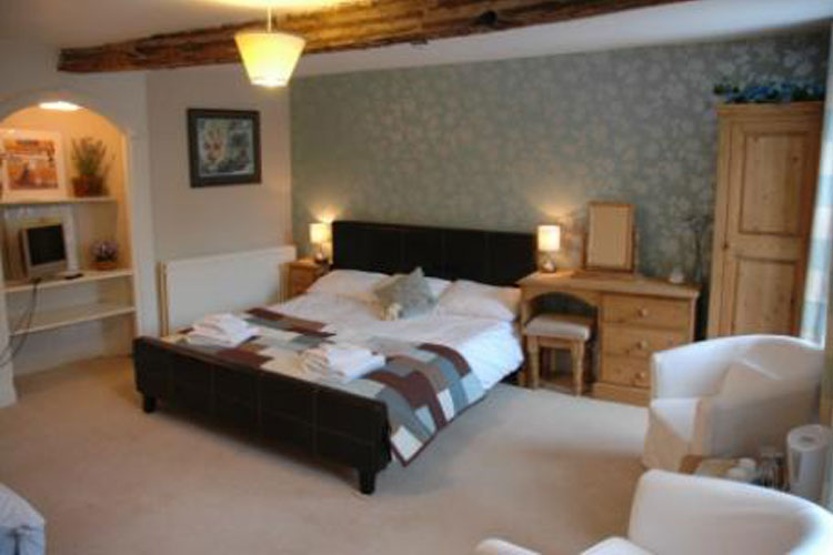 Holmedale Bed and Breakfast - Image 5 - UK Tourism Online