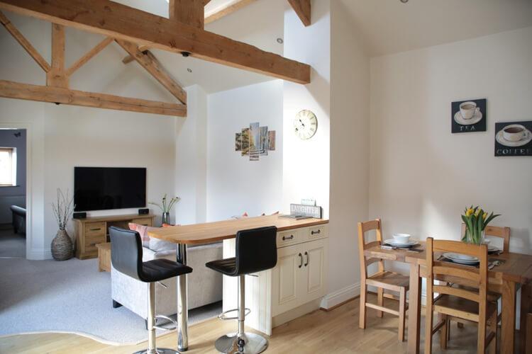 Horseshoe Barns Holiday Cottages - Image 3 - UK Tourism Online