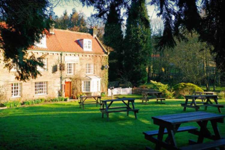 The Horseshoe Hotel - Image 1 - UK Tourism Online