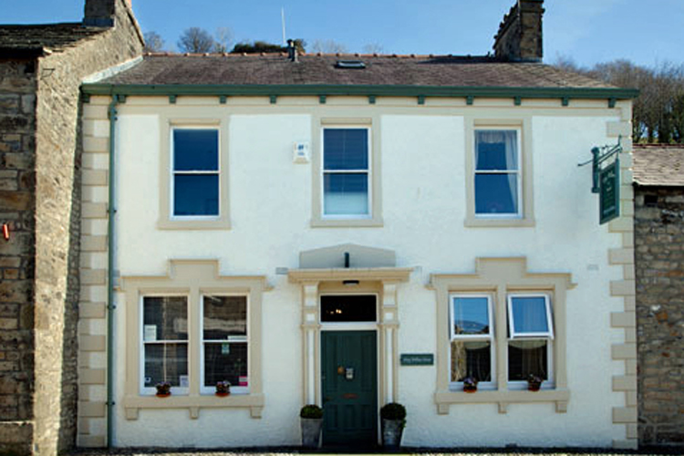 King William the Fourth Guest House - Image 4 - UK Tourism Online