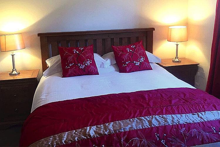 Newsham Grange Farm Bed & Breakfast - Image 1 - UK Tourism Online