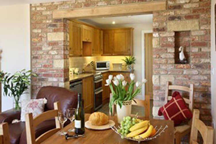 Old Oak Cottages - Image 4 - UK Tourism Online