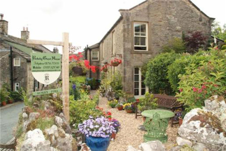 Rokeby Guest House - Image 1 - UK Tourism Online