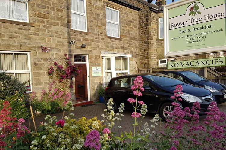 Rowan Tree House - Image 1 - UK Tourism Online
