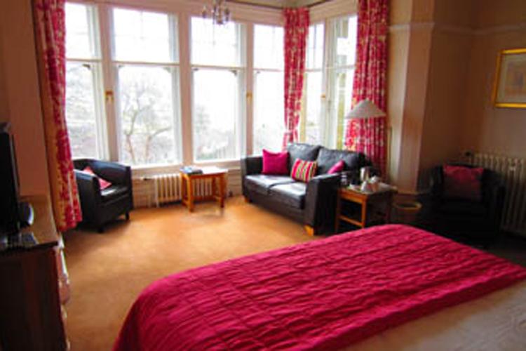 Settle Lodge Guest House - Image 2 - UK Tourism Online