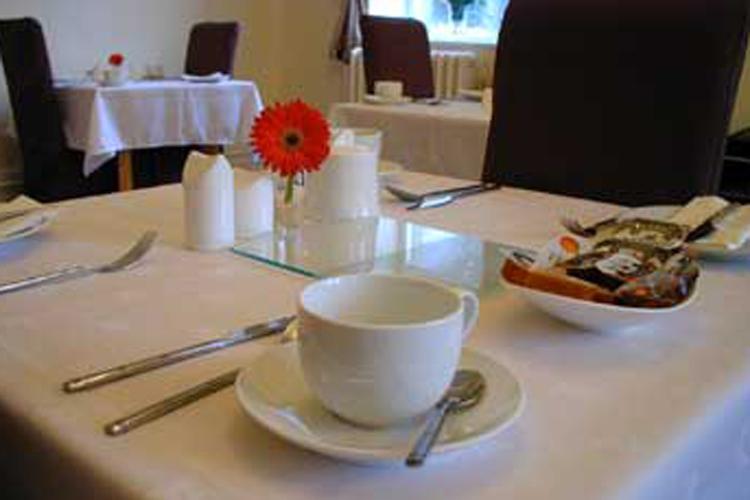 Settle Lodge Guest House - Image 4 - UK Tourism Online