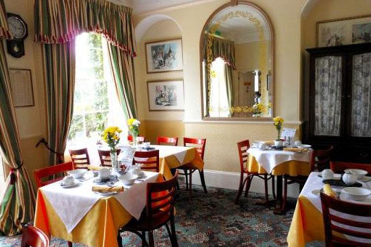 St. Paul's Lodge - Image 2 - UK Tourism Online