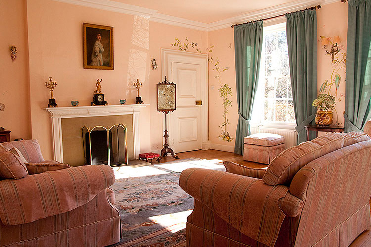 The Manor House - Image 4 - UK Tourism Online