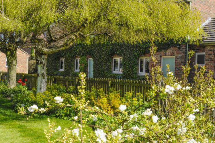 The Poplars - Image 1 - UK Tourism Online