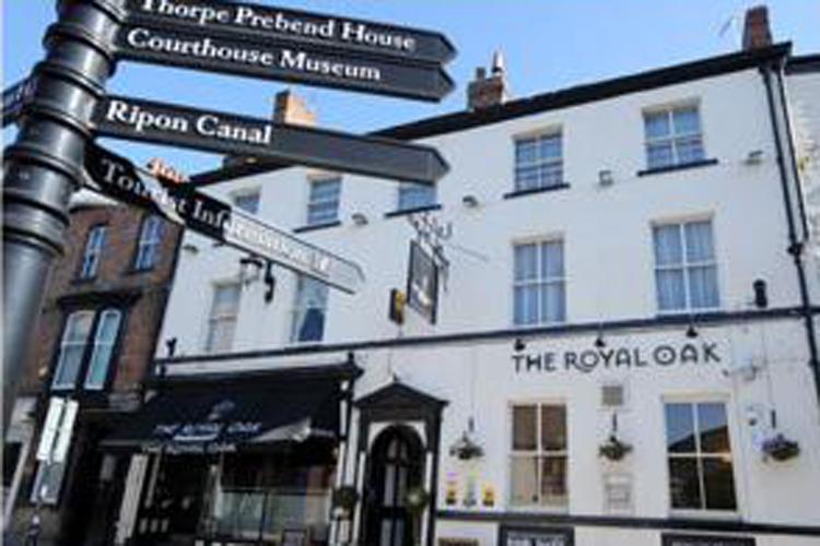 The Royal Oak Ripon - Image 1 - UK Tourism Online