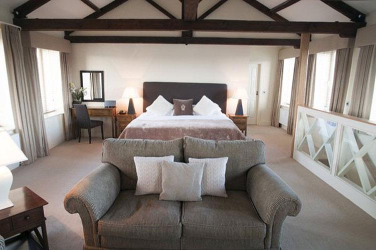 The White Bear Hotel - Image 2 - UK Tourism Online