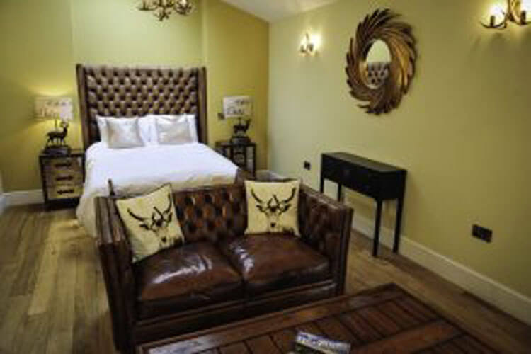The Wyvill  Arms - Image 4 - UK Tourism Online