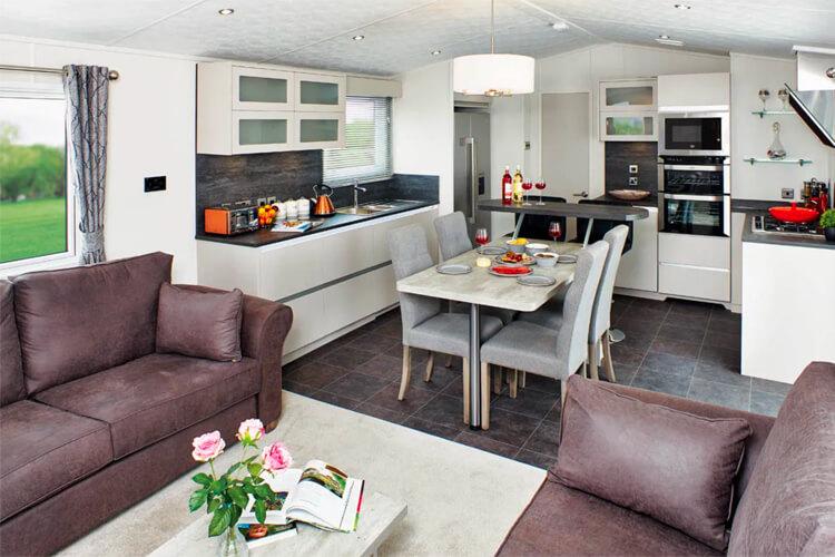 Thirkleby Hall Caravan Park - Image 3 - UK Tourism Online