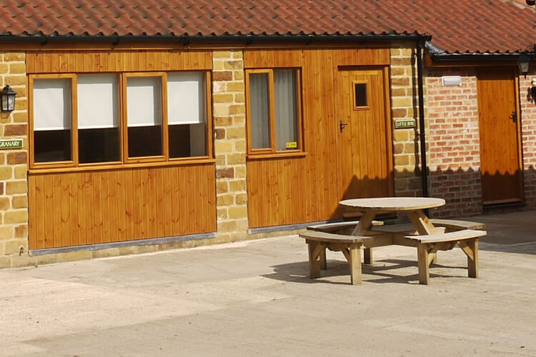 Water Hall Farm Cottages - Image 1 - UK Tourism Online